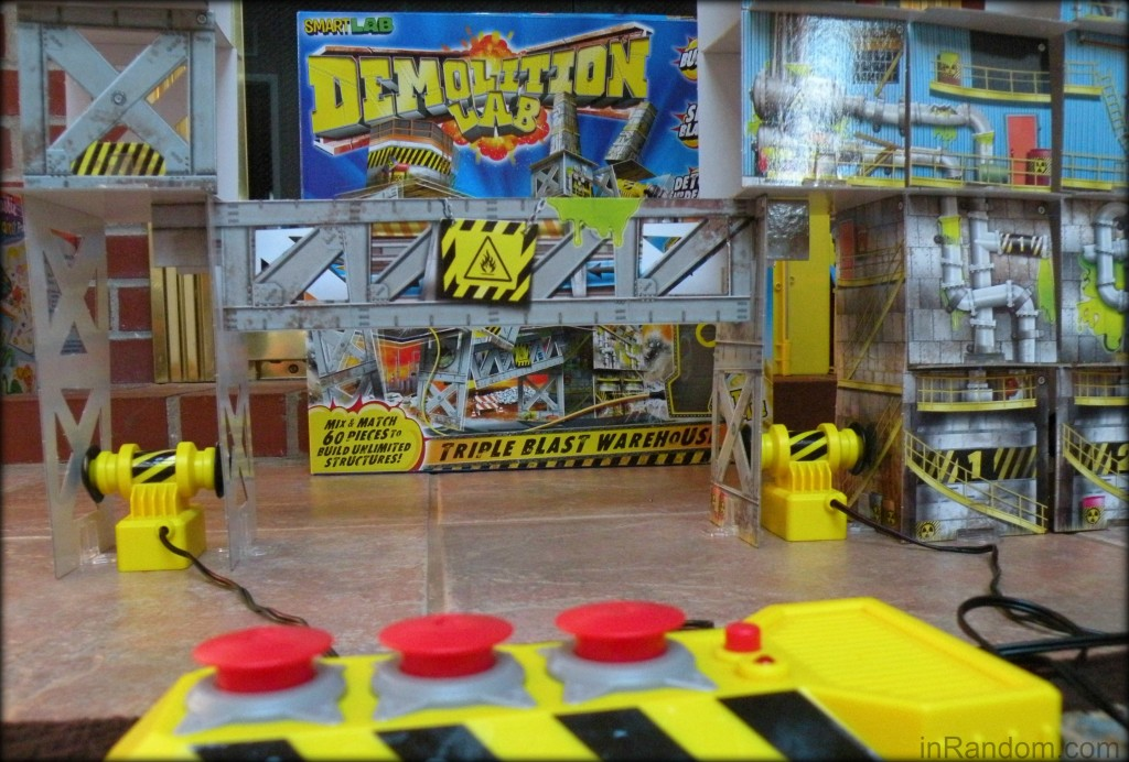 Demolition Lab SmartLab Toys