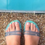 CaliMojos Flip Flops Change Color in the Sun