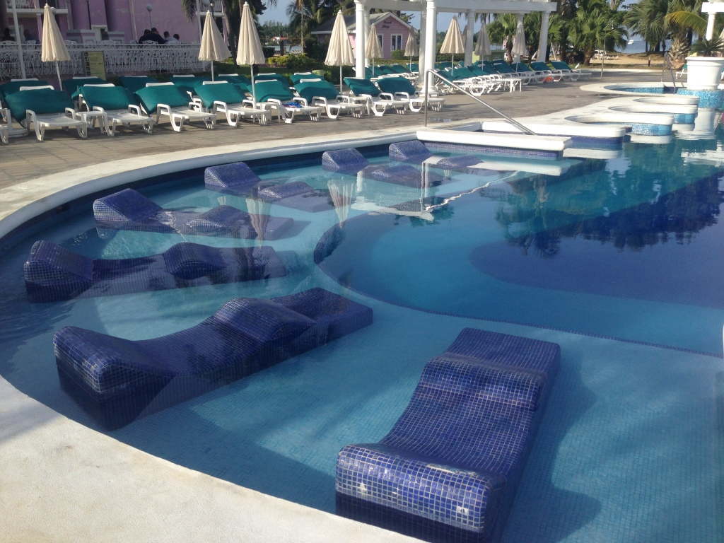 Pool Lounge at RIU Palace